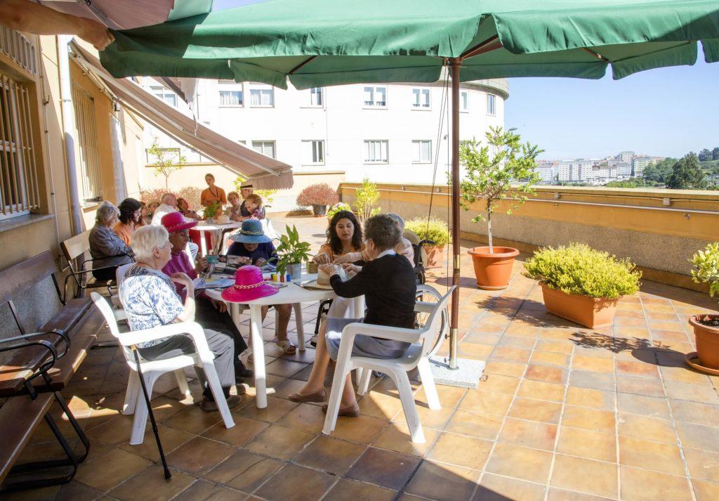 Actividades en las terrazas del Centro de día Hera