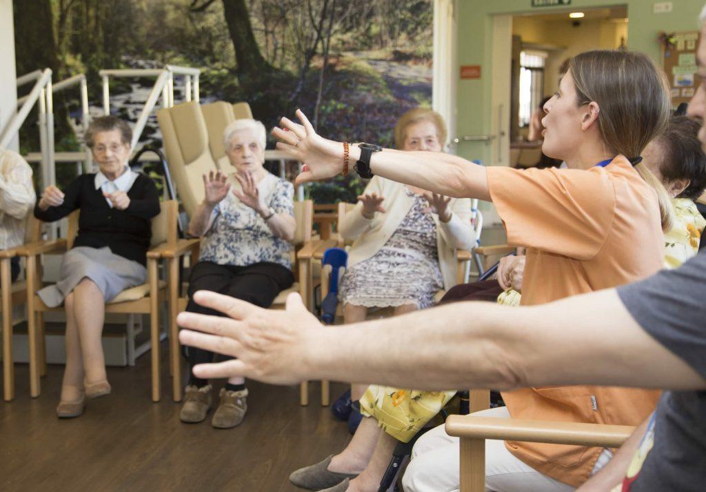 Actividades grupales, ejercicios y juegos